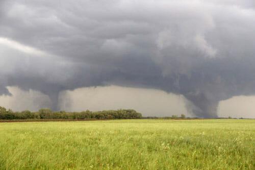 twin-tornadoes1